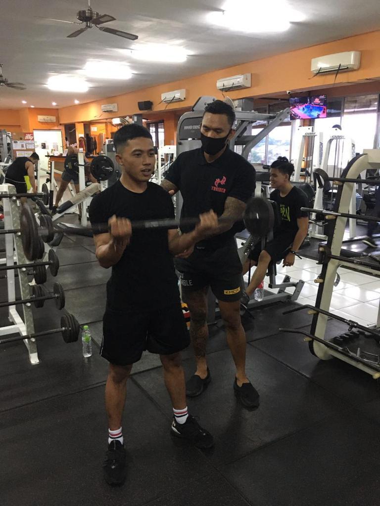 Floor Trainer Johnathan 4