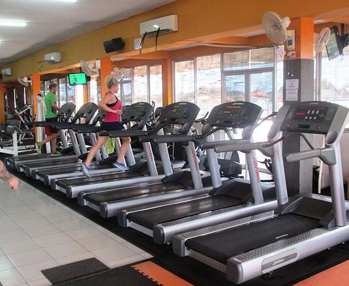 Life-Fitness-Treadmills